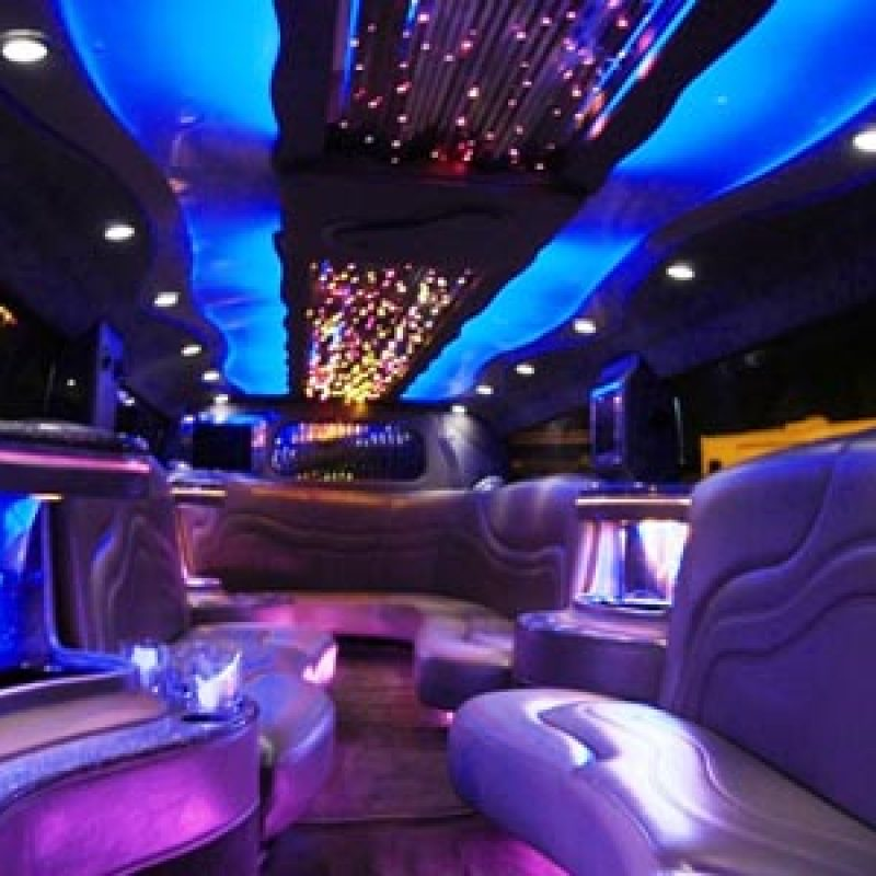 Sherwood Limo Company - Limos Edmonton is the best reputable company in Alberta, that provide the best reliable and secure limo rental service for Edmonton and surrounding areas, contact us-(780) 652-1381)